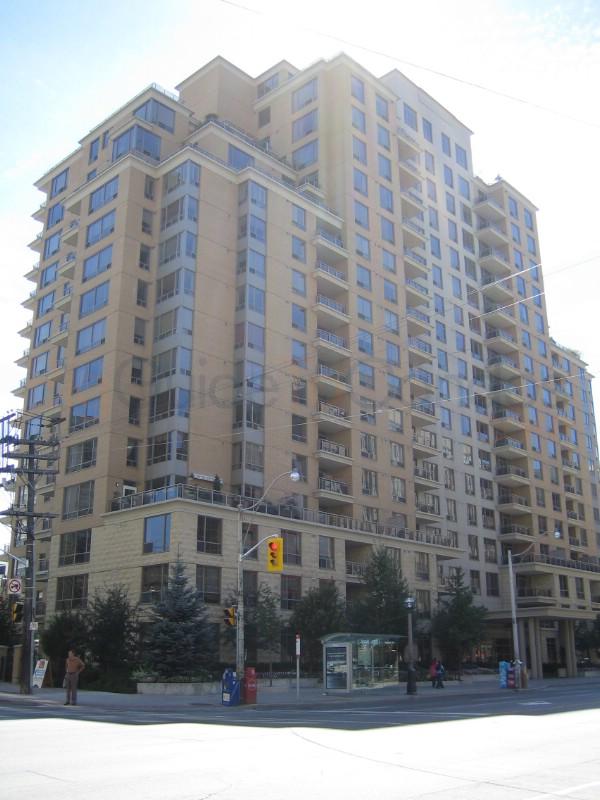 123 Eglinton Ave East,Toronto,Canada,Midtown Toronto,123 Eglinton Ave East,1153