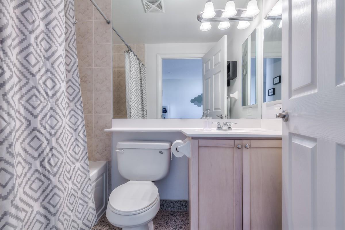 15 Greenview Ave,Toronto,Canada,1 Bedroom Bedrooms,1 BathroomBathrooms,Our Listings,Greenview Ave,1156