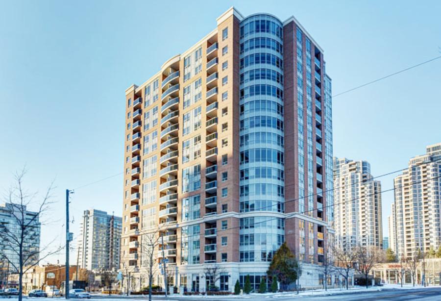 8 Mckee Avenue,Toronto,Canada,Yonge Finch,8 Mckee Avenue,1041